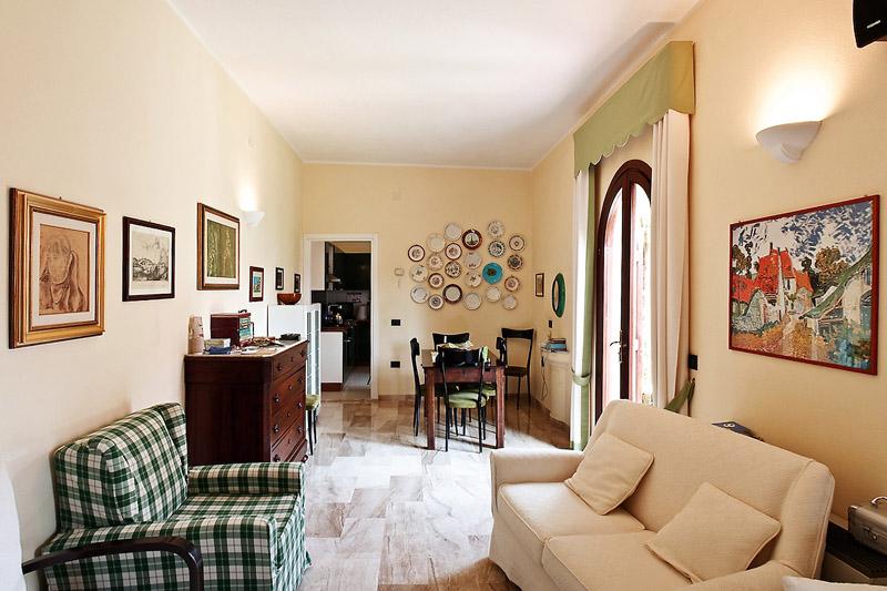 bed-breakfast-vicino-cagliari_soggiorno camino_02